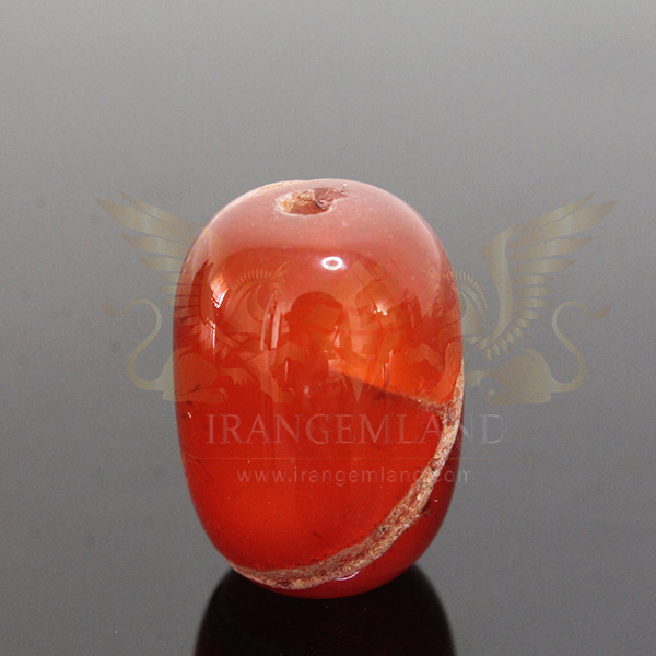 Cylindrical bead of agate 0014